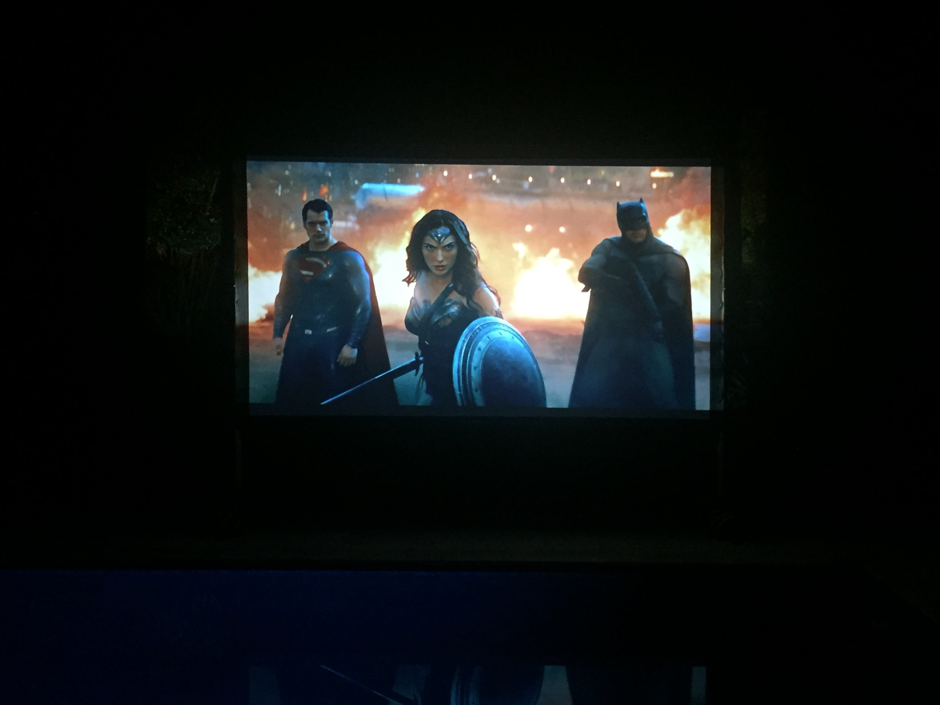 projector-screen-video-game-party-rental